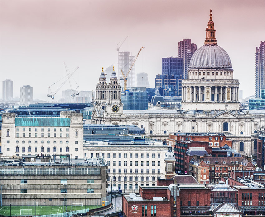iconos del skyline de Londres: St Paul